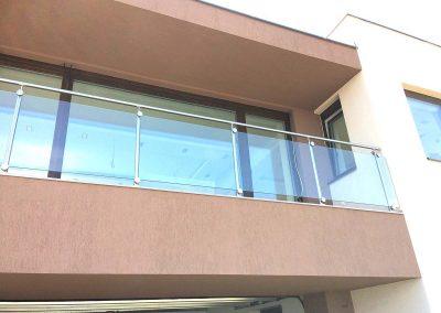 Üveg- és rozsdamentes teraszkorlát, Szekszárd